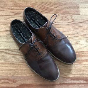 Red Tape men's shoe